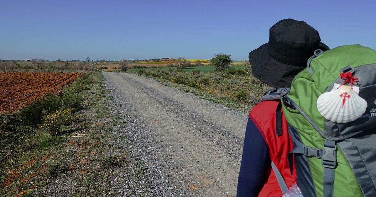 pellegrino-conchiglia-cammino-di-santiago