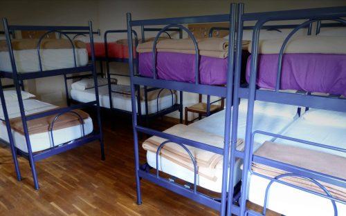 Sonno leggero? Alcune soluzioni per dormire in camerate